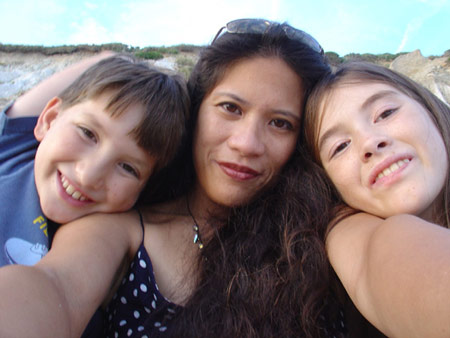 Benjamin Caleb Gordon, Nina Gomez Gordon, and Cerina Isabel Gordon, August 2005